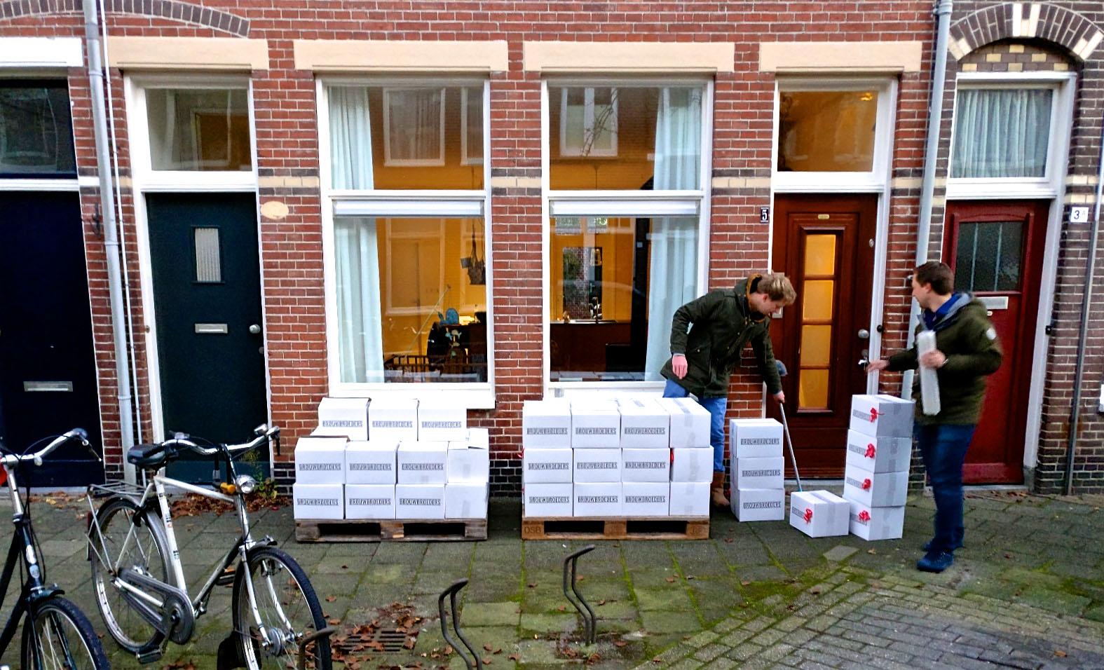 Onze eerst echt grote order voor Eelke's huis 'ready for shipment!'